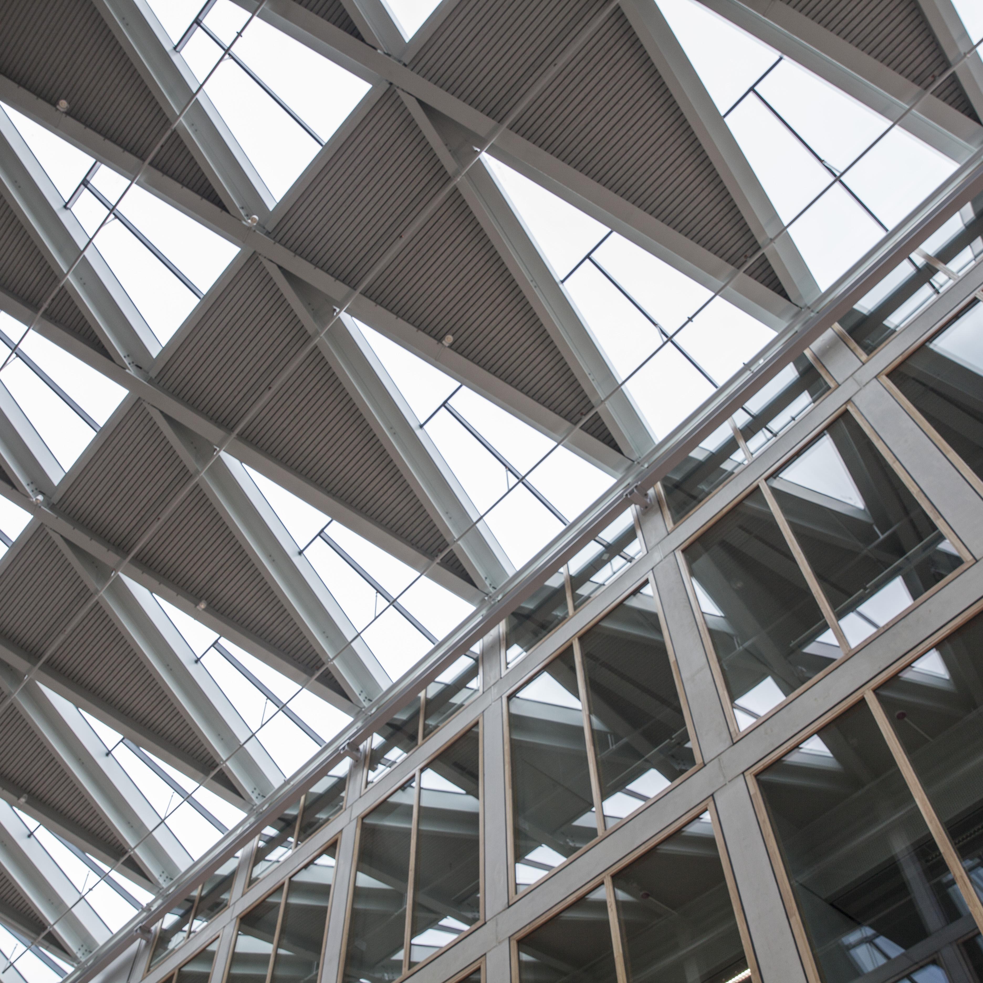 Nederland Groningen Zernike RUG 20160905 Energy Academy in aanbouw laatste fase Unie van Architecten foto Harry Cock/NBR